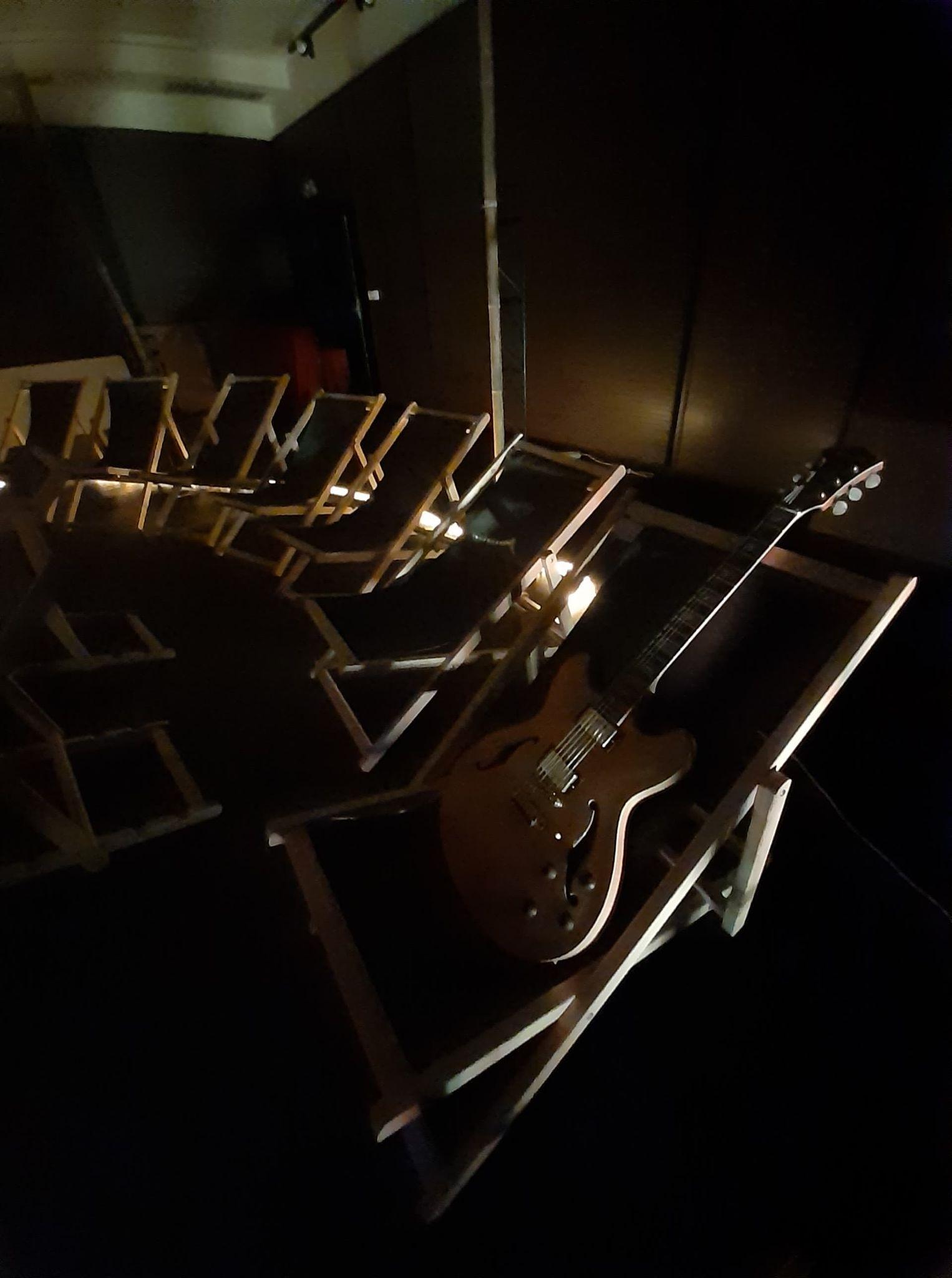 Sceno-guitare
